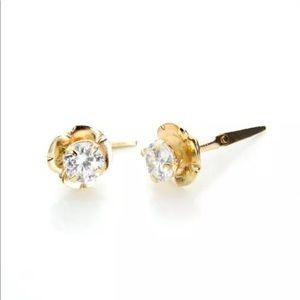 Andralok 9k y gold rose earrings